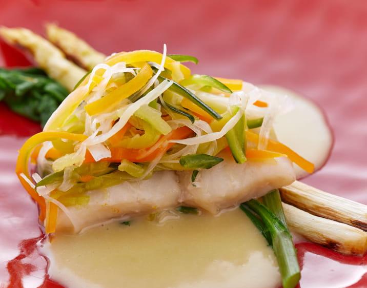 舌平目の香味野菜蒸しカボス風味のバターソース