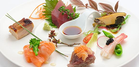 ~和前菜6点盛り~若鶏の柚庵焼き・サーモンのマリネ・桜肉のたたきまぐろの刺身・煮アワビ・甘エビとアブルーガ
